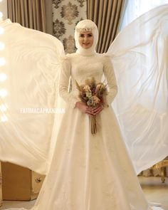 3406 Likes 30 Comments Beauty And Fashion House ( Muslim Wedding Gown, Muslimah Wedding Dress, Muslim Wedding Dresses, Muslim Brides, Wedding Hijab, Top Wedding Dresses, Bridal Dresses, Bridesmaid Dresses, Pakistani Bridal Makeup Hairstyles