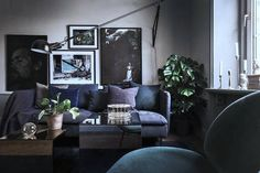 Hello Monday! How quickly you came around? But I was already prepared, oh how I was prepared. I'd already ear-marked this fab Stockholm apartment to share with you. The space features everything hot i