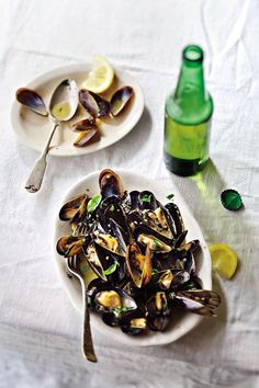 Mussels in Beer Recipe // Mussels Recipe // Alcohol-infused