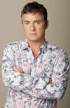 Shane Richie (Alfie Moon), of The Eastenders. Bartender of the Queen Vic. His biggest challenge - being married to Kat. Eastenders Cast, Queen Vic, Favorite Tv Shows, My Favorite Things, Hollyoaks, Soap Stars, Tv Soap, Me Tv, Celebs