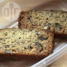 Bolo de banana com nozes e chocolate @ allrecipes.com.br - Aproveite as bananas…