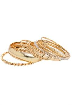 This 9-piece bangle set is a steal! Spice up any outfit!!