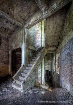 Abandoned Abbattoir - Matthew Christopher's Abandoned America