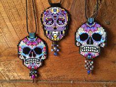 skull necklaces peyote beaded