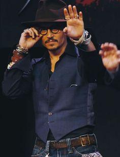 Johnny Depp,Men's CELB style