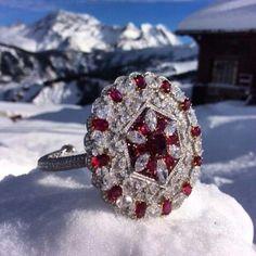 Beautiful, artful ice... #alpinejewels #Courchevel1850 #rubies #diamonds #dreamview #dreamjewelry #bracelet#lecaphorn @moussaieffjewellers.️