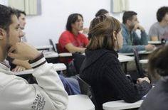Alunos regulares já podem se inscrever no Mestrado em Física Aplicada da Unila Complex System, Affirmative Action, Master's Degree, Schoolgirl