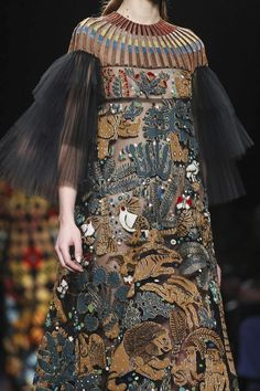 Valentino Ready To Wear Fall Winter 2015 Paris