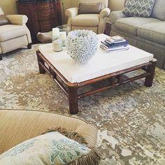 A little #coastal flare with this #splatter #pattern #rug. #interiordesign #design #neutral #homedecor #cozy #igersjax #shoplocal #love #ilovejax