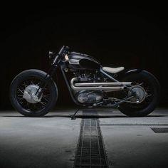 Fade to black. Triumph named 'The Trossi' from the hands of Sartorie Meccaniche. #triumph #bonneville #bobber