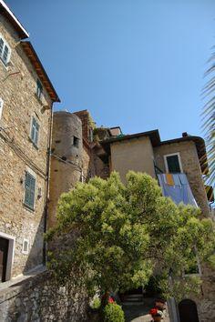 Sasso, Frazione di Bordighera (IM), centro storico