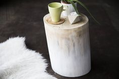 DIY Natural Ombre Stump Table