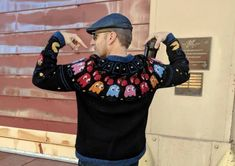 Pac-Man Meets Iceland in the Form of a Traditional Knitted Lopapeysa  #knitting #pacman #peysa #lopapeysa
