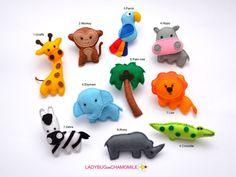 AFRICAN ANIMALS OF SAFARI. FELT MAGNET TOYS FOR CHILDREN