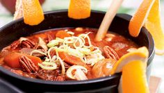 Ranskalainen lihapata - K-ruoka Thai Red Curry, Ramen, Stew, Slow Cooker, Cooking, Koti, Ethnic Recipes, Kitchen, Crock Pot