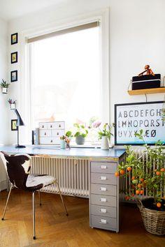 Cucina ikea . mensola ad angolo | casa - spazi | Pinterest
