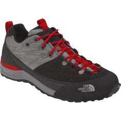 Leave the heavy pack and the aircraft-carrier hiking boots in base camp and tour the nearby ridges in The North Face Men's Verto Approach Shoe. This lightweight, technical approach shoe offers the stability, comfort, and sure traction you need for a day of romping through the rocky outcrops.