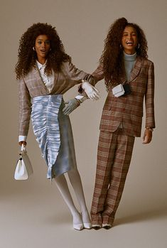 Scarllath Lopez & Ingrid Vina by Mar + Vin for Glamour Brasil - September 2018 Photographie Portrait Inspiration, Fashion Photography Inspiration, Photoshoot Inspiration, Photoshoot Mode, Photoshoot Concept, Photoshoot Fashion, High Fashion Poses, High Fashion Shoots, Model Poses Photography
