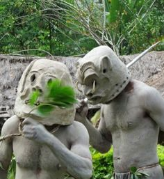 The Asaro mudmen of Eastern Highlands and their legendary tale! Come see them perform their eerie dance at the Goroka Show 14-17 September, 2014 www.papuanewguinea.travel/viewservices/News.aspx?Pop=1&rqEventID=65