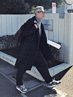 Day3 Coat,Knit_ AMI ALEXANDRE MATTIUSSI Pants_MARNI Shoes_NEW BALANCE