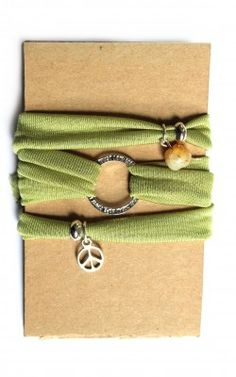 Grünes Yoga Armband