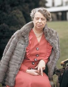 Eleanor Roosevelt As wife of the President, Franklin D. Roosevelt, Eleanor Roosevelt challenged and transformed the historically ceremonial, behind-the-scenes First Lady role.