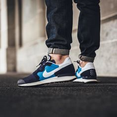 NEW IN! Nike Air Berwuda - Blitz Blue/White-Blackened Blue available now in-store and online @titoloshop Berne | Zurich by titoloshop