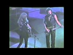 Bruce Springsteen w/ Patti Scialfa - Human Touch (Live 1992-08-14) - YouTube