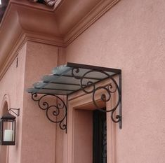wrought iron arbor with clear cover Iron Pergola, Pergola With Roof, Pergola Kits, Cheap Pergola, Wrought Iron Decor, Window Awnings, Door Canopy, Iron Work, Iron Gates