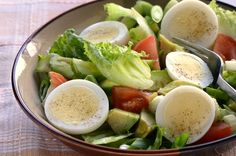 Get Healthy Without Going Hungry Get Healthy, Healthy Eats, Healthy Dinner Recipes, Healthy Snacks, Healthy Nutrition, Benefits Of Eating Eggs, Vegetable Nutrition, Vegetable Salads, Healthy Vegetables