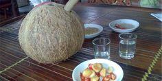 Rượu dừa- món ăn ngon tại Bán đảo Sơn Trà Đà nẵng  http://vuadulich.com/kham-pha-nhung-mon-ngon-tai-ban-dao-son-tra-da-nang/