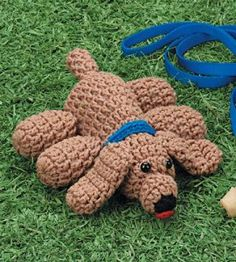 Free Floppy Dog Crochet Pattern at Country woman. Crochet Crafts, Crochet Dolls, Crochet Yarn, Free Crochet, Dog Crochet, Crocheted Toys, Amigurumi Free, Amigurumi Patterns, Crochet Patterns