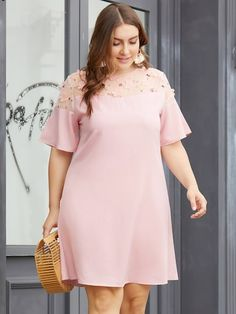 African Fashion Dresses, Fashion Outfits, Fashion Hacks, Fashion Tips, Womens Linen Clothing, Lace Dress Styles, Dress Lace, Short Gowns, Plus Size Fashion For Women