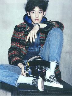 EXO-K's resident rapper Chanyeol transformed into a hard working DJ in his latest pictorial for the November issue of The Celebrity! Kpop Exo, Exo K, Wattpad, K Pop, Seoul, Sekai Exo, Johnny Orlando, Jimin, Chanyeol Baekhyun