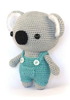 Amigurumi Koala Crochet PatternKoala bears are cute, their slow movements and soft fur make them absolutely adorable. Now you can make your very own koala wit Crochet Amigurumi Free Patterns, Crochet Animal Patterns, Crochet Patterns For Beginners, Stuffed Animal Patterns, Crochet Blanket Patterns, Crochet Teddy, Crochet Bear, Cute Crochet, Crochet Toys