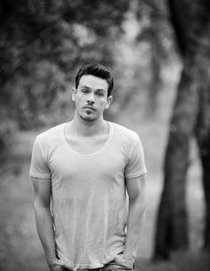 Kevin Alejandro from True Blood, Outdoor Photo Shoot - Christine Chang Photography Bold And The Beautiful, Most Beautiful Man, Gorgeous Men, Beautiful People, Serie True Blood, Dream Dates, Outdoor Photos, Ex Husbands, Celebrity Crush