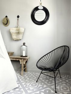 Source: My Scandinavian Home Perfect combination - the Acapulco Chair and patterned mosaic tiles. Ann Sacks do an amazing range of mosaics as do Made a Mano. House Design, Design Ideas, Floor Design, Tile Design, Style At Home, Bathroom Inspiration, Interior Inspiration, Interior Ideas, Interior Design