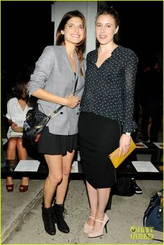 Lake Bell: Band of Outsiders Fashion Show!
