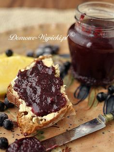 Pineapple and chokeberry jam Dips, Jelly, Pineapple, Berries, Brunch, Food And Drink, Appetizers, Canning, Fruit