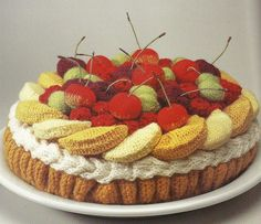 Knitted cakes - too scrumptious to be true! #knitandstitch