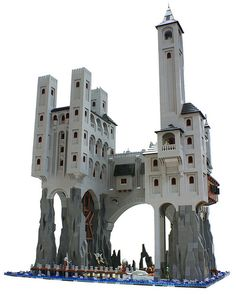Custom LEGO build - Castle new rock I might try building this in Minecraft Lego Design, Chateau Lego, Lego Burg, Casa Lego, Amazing Lego Creations, Lego Boards, Lego Models, Custom Lego, Lego Technic