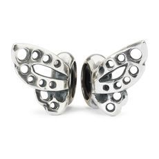 The Trollbeads Dancing Butterfly Spacers are a great way to keep your beads in place. Place your favorite glass bead in between the two silver wings and create your own glorious butterfly! Jewelry Shop, Custom Jewelry, Charm Jewelry, Jewellery, James Jewelry, Silver Wings, Butterfly Earrings, Handmade Beads, Jewelry Companies