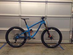 "Transition Patrol Carbon ""Old Blue"" - ride's Bike Check - Vital MTB"