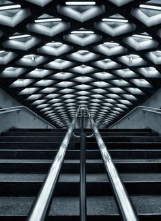Jarry Metro Station, Montreal by Roland Shainidze on 500px. http://500px.com/roliketto
