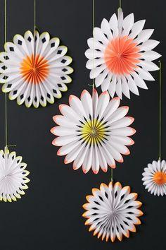 Meri Meri Neon Pinwheels Decoration Set Pinwheel Decorations, Wedding Decorations, Wedding Backdrops, Wedding Ideas, Fiesta Party, Childrens Party, Animal Party, Pinwheels, 4th Birthday
