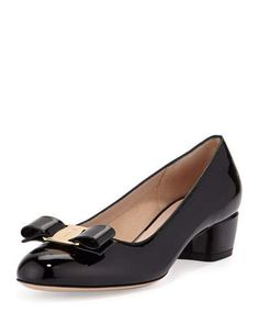 SALVATORE FERRAGAMO VARA 1 PATENT BOW PUMP, NERO. #salvatoreferragamo #shoes #pumps
