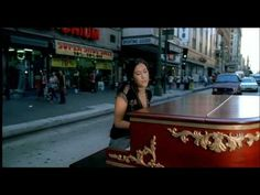 A Thousand Miles - Vanessa Carlton - Whatever happened to this adorable girl? This was like a one hit wonder. Man oh man I wish I had a piano!