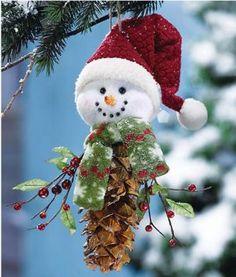Christmas crafts - DIY pinecone Christmas ornament