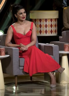 """""""Quantico"""" Star Priyanka Chopra will appear as a celebrity judge on the August 17 """"Gong Show."""" She is looking so hot in the Red Dress. Here are some of her first pictures from the On ABC's August 17 """"Gong Actress Priyanka Chopra, Priyanka Chopra Hot, Beautiful Bollywood Actress, Most Beautiful Indian Actress, Beautiful Actresses, Indian Celebrities, Bollywood Celebrities, Indian Bollywood, Bollywood Fashion"""