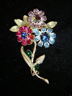 BEAUTIFUL RARE VINTAGE WEISS FLOWER RHINESTONE PIN 3 3/4 INCHES | eBay